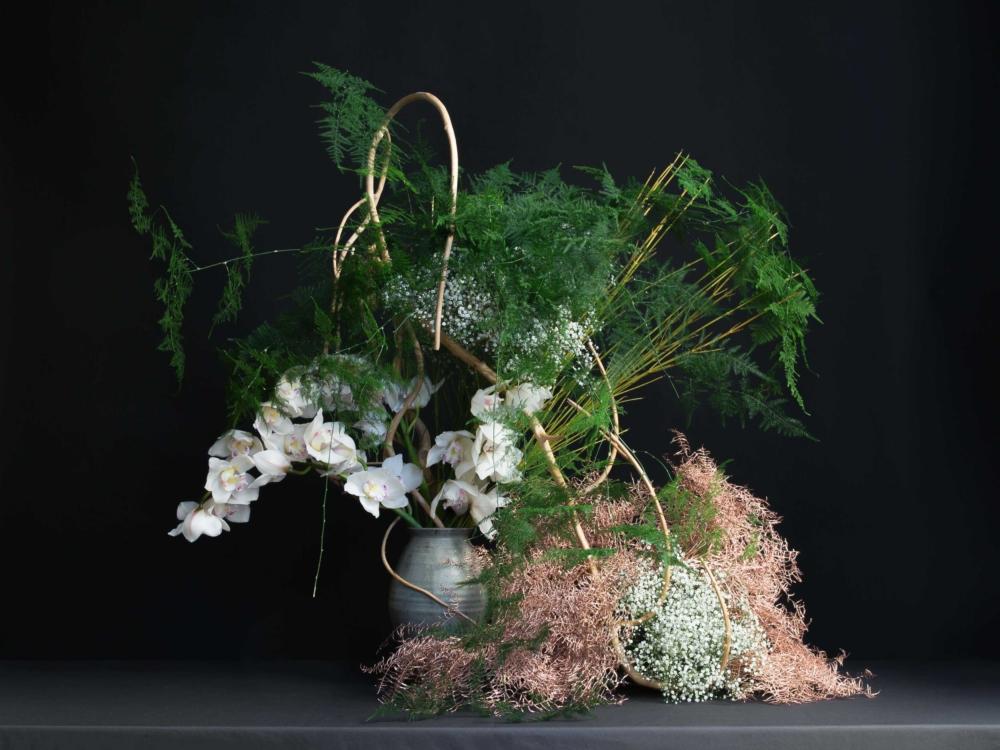 Suga_Sensei_Ikebana_arrangement_01