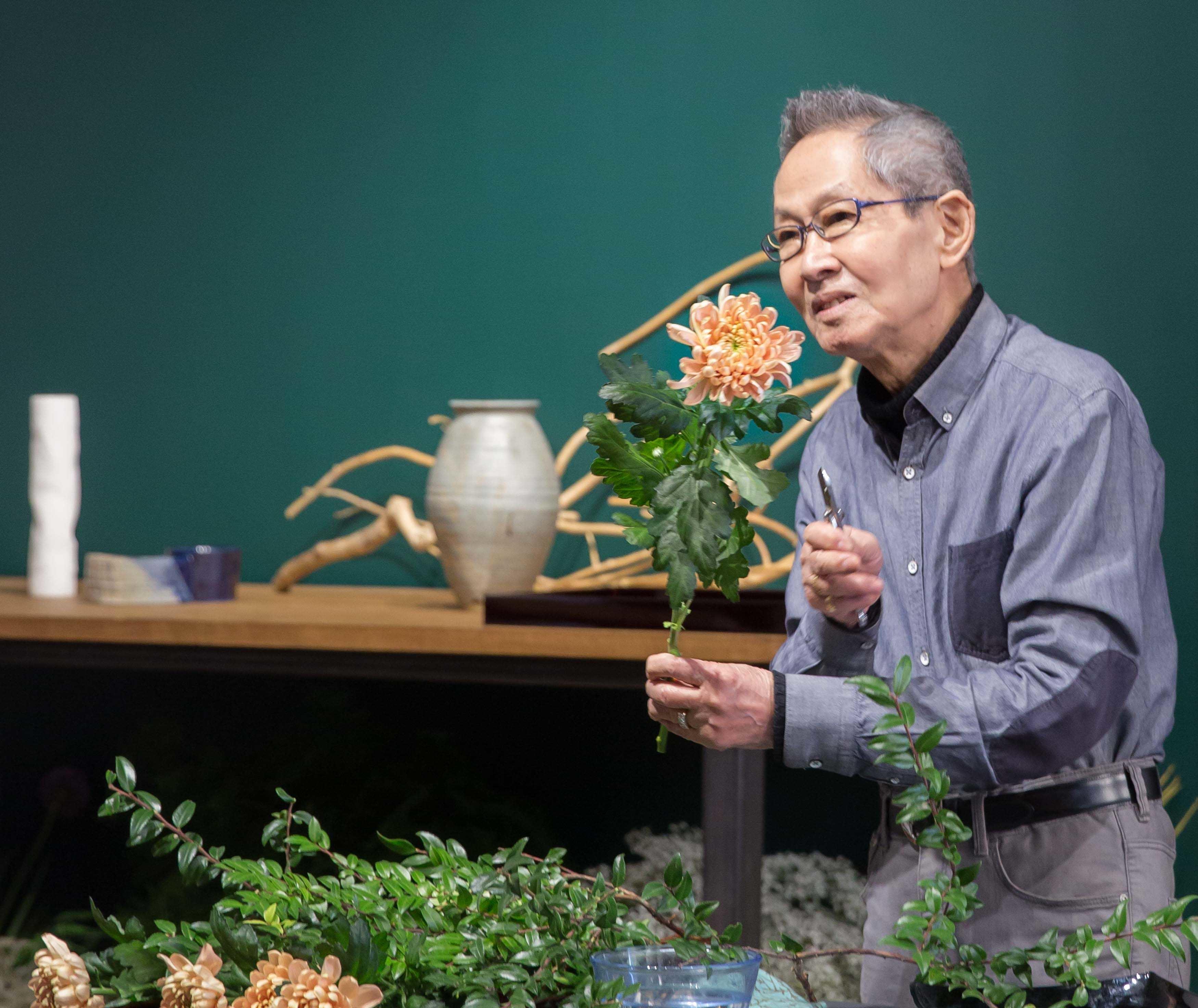 Mr_Suga_Ikebana_Master_visits_LFS