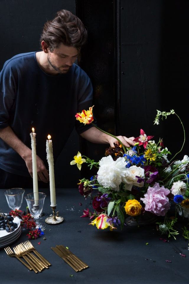 floristry_class_hand_tied_bouquet_masterclass_table_arrangement_london_flower_school_floristry